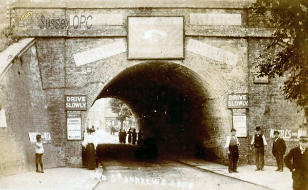 Hastings - Queen's Road, Old St Andew's Arch