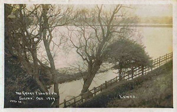 Lewes - Great Flood (October 1909)