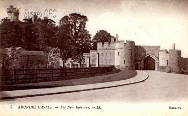 Image of Arundel - The Castle, New Entrace