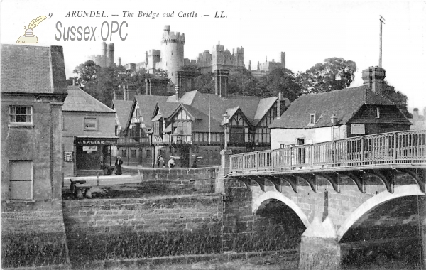 Image of Arundel - Bridge (Castle)