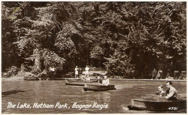 Bognor -  Hotham Park (Boating Lake)