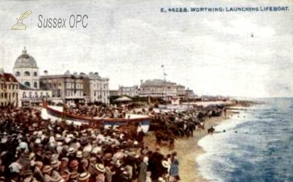 Worthing - Launching the Lifeboat