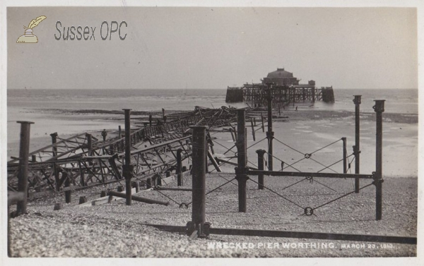 Worthing - Wreck of the Pier, 22nd March 1913
