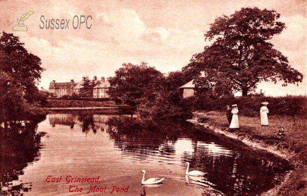 East Grinstead - The Moat Pond