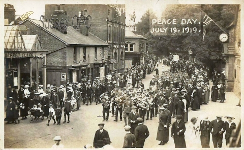East Grinstead - Peace Day (July 19th 1919)