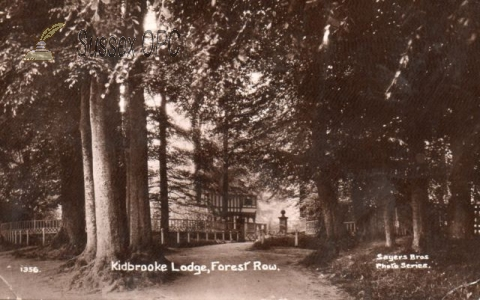 Forest Row - Entrance to Kidbrooke Park