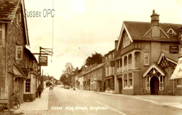 Henfield - The High Street