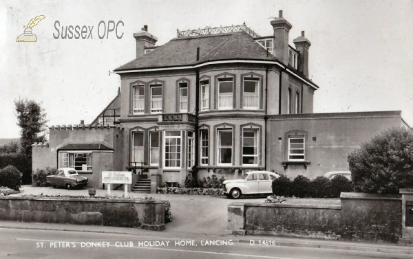 Lancing - St Peter Donkey Club Holiday Home
