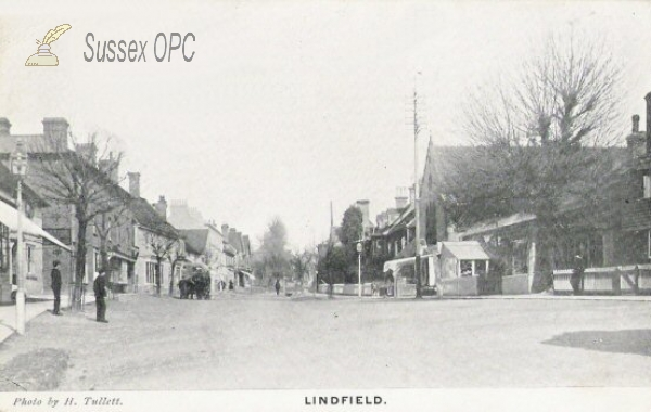Lindfield - Street & Congregational Church