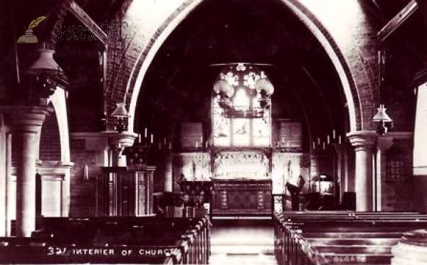 Colgate - St Saviour's Church (Interior)