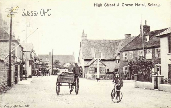 Selsey - High Street & Crown Hotel