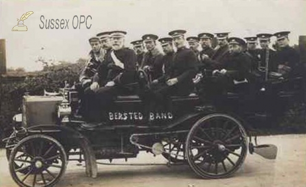 Bersted - Band in car